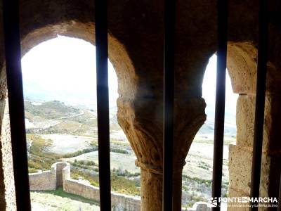 Viaje Semana Santa - Mallos Riglos - Jaca; senderistas; club de montaña; rutas y senderismo;nacimie
